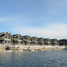 accommodation-by-waterfront